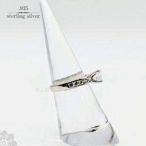 Vintage Jewelry - Sterling Silver 925 Vintage Ring sz. 5
